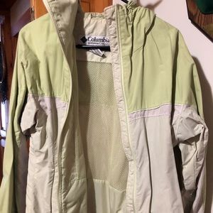 Woman's Columbia medium jacket